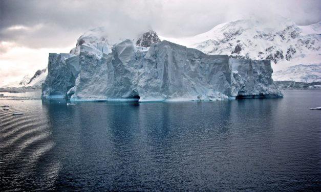 Swimming to Antarctica & GORUCK